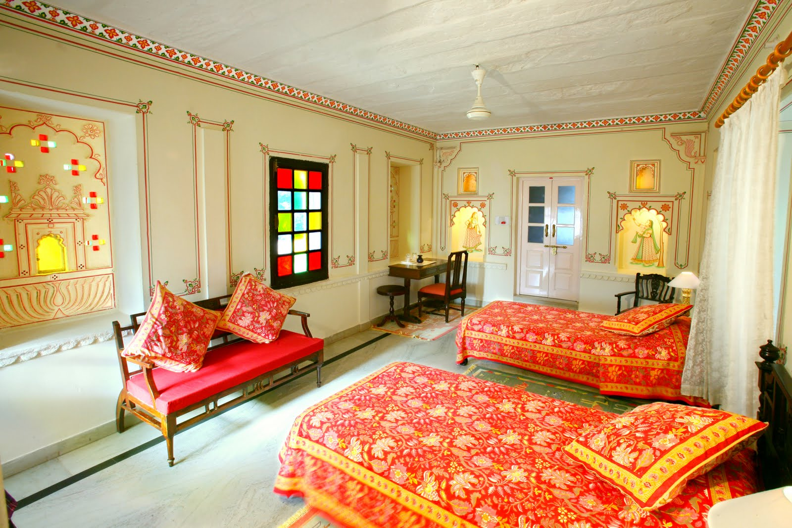 Taking a cue from rajasthan home decor ideas happho for Indoor design ideas indian