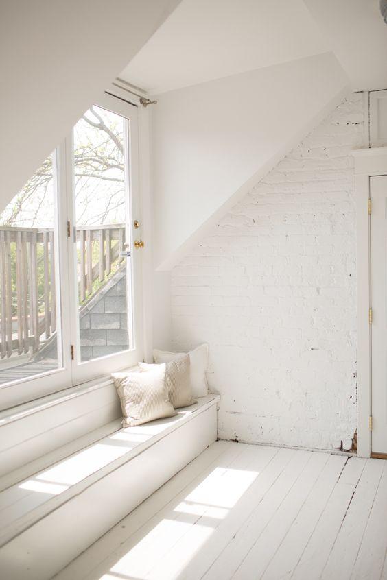 All White Interior Design Of The Homewares Designer Home: Stunning All White Interior Ideas